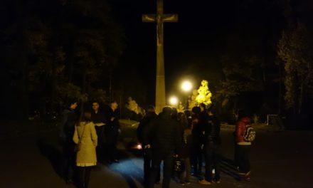 Tour de Dušičky – pondělí 04.11.2019, 20:00 | Lesní hřbitov